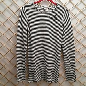 Volcom size S striped top, black/white stripe
